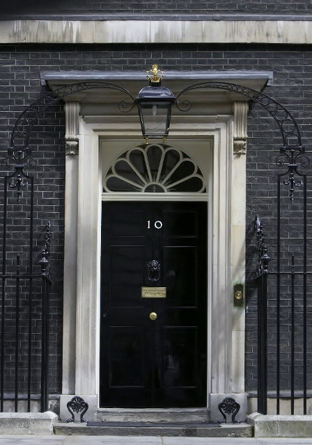With great power comes great responsibility stan lee for 10 downing street front door paint